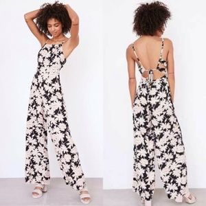 Urban Outfitters Floral Lace Up Jumpsuit Size 4